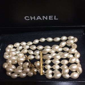 Authentic Chanel 86 Vintage Pearl Choker Necklace